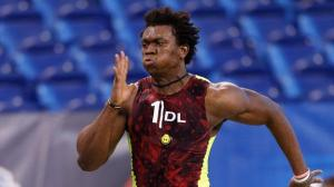 ESPN BYU Defensive End Ezekiel Ansah runs the 40 yard dash at the Draft Combine.