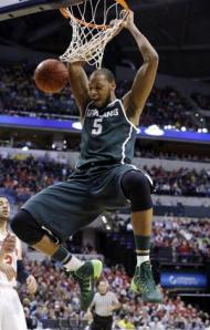 AP Prohibitive NCAA tournament favorites Michigan State and Adreian Payne look to get off to a good start today in the round of 64.