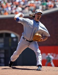 Marcio Jose Sanchez/AP Chicago Cubs starting pitcher Jeff Samardzija throws to the San Francisco Giants during the first inning of action Monday afternoon, he would pick up his first win of 2014 in a 8-4 victory.