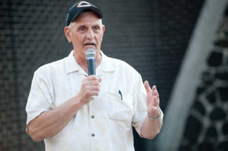 Kyle Telechan/Times of Northwest Indiana  Former Bears linebacker Doug Buffone speaks at an event in Indiana in August 2011. Buffone, 70, was found dead in his Chicago home on Monday.