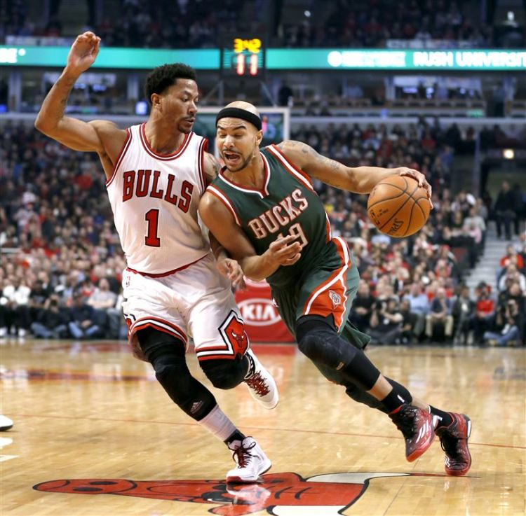 Bucks-Bulls-Basketball-6